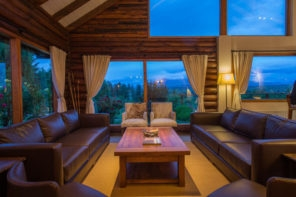 Patagonia River Guides Trevelin Lodge Living Room